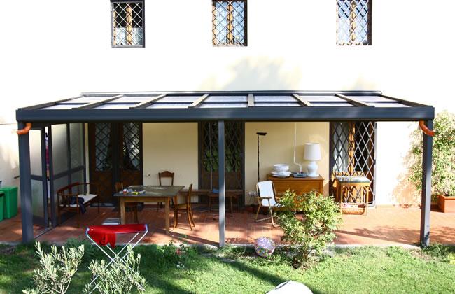 Zanzariere firenze zanzariere per finestre firenze - Veranda in giardino ...